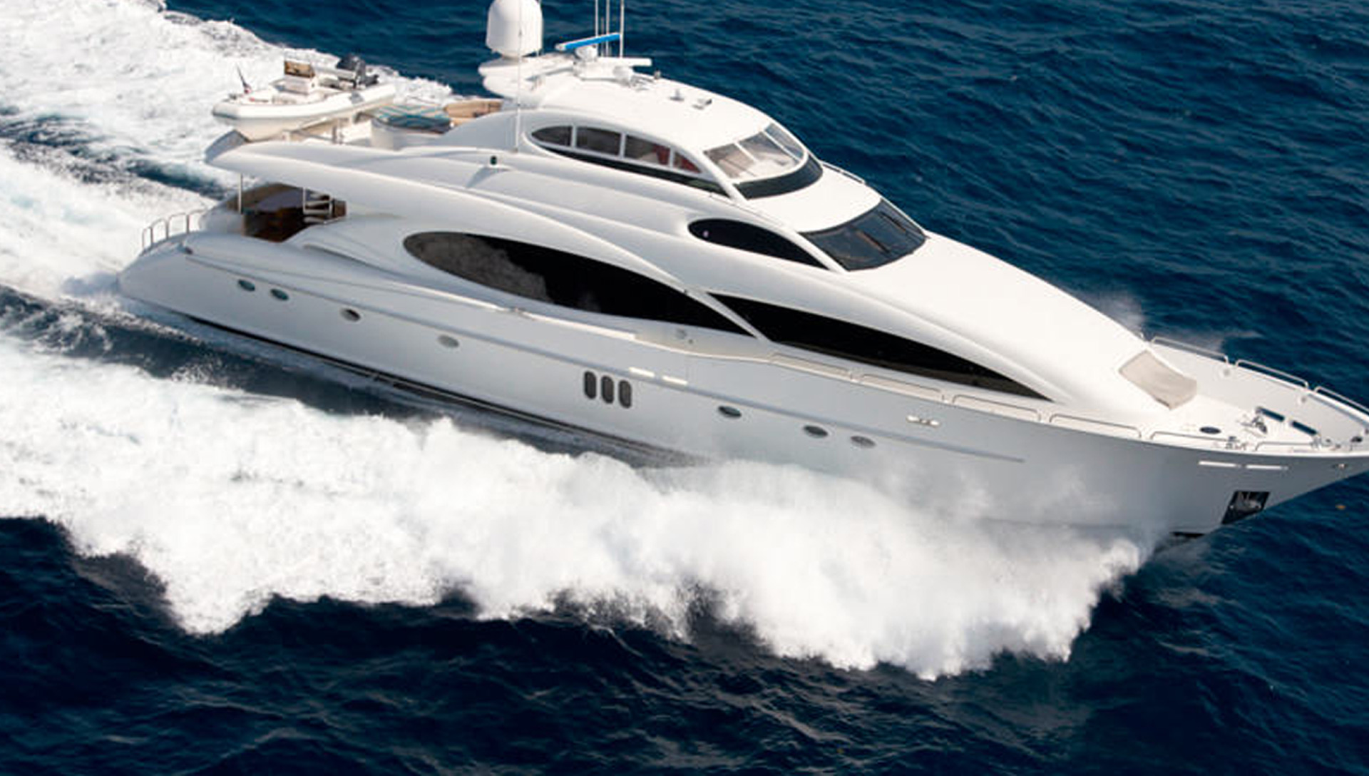 Curved Marine Glass for Yachts & Boats
